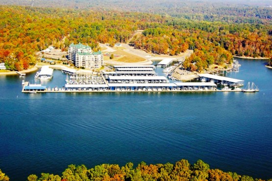 Grand Harbor Marina - Pickwick Lake Marinas